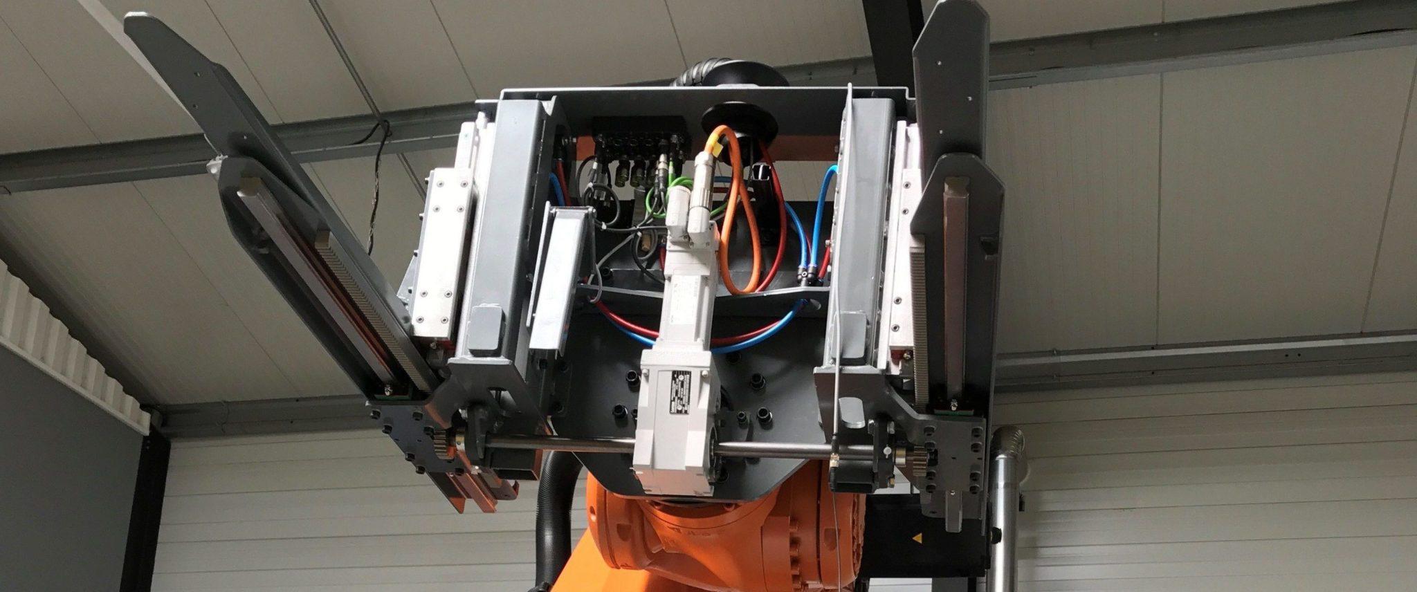 Servomoteur embarqué sur robot Kuka en partenariat avec la société GS industrie